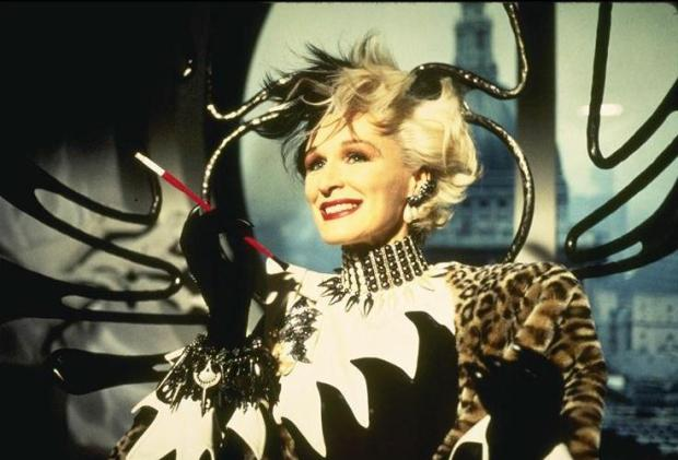 Cruella-glenn-close-as-cruella-de-vil-26322803-736-500